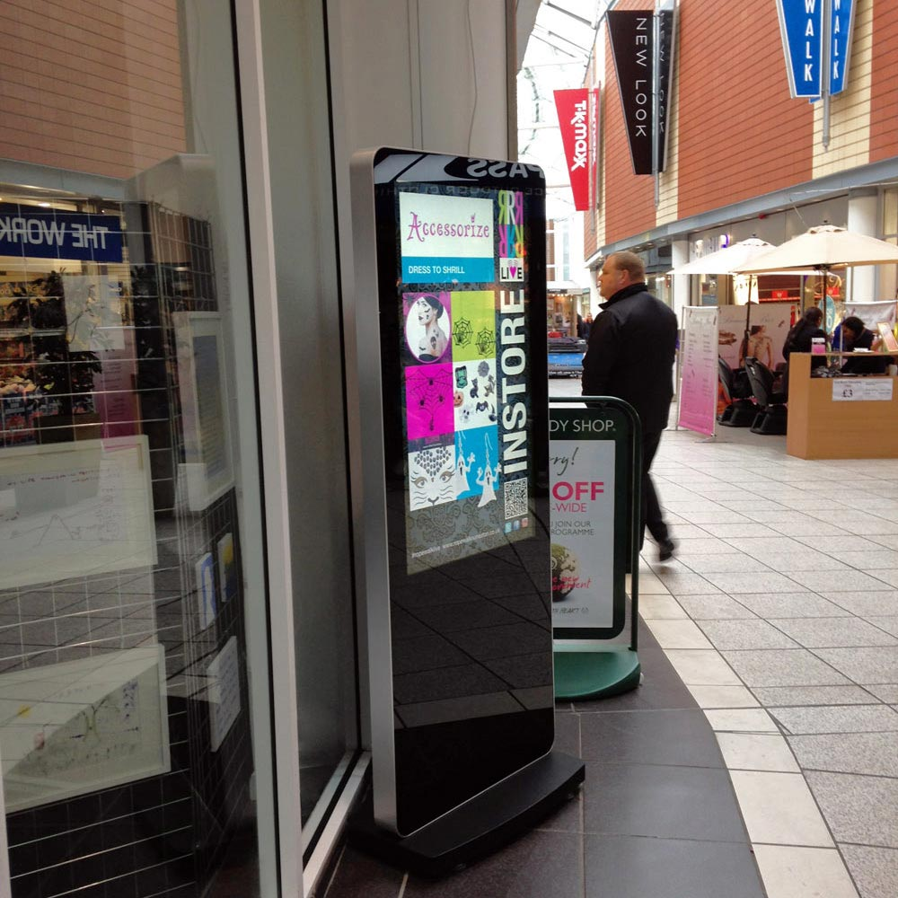 freestanding display