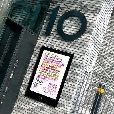 Outdoor Enlighten NFC Smart poster display - black mount