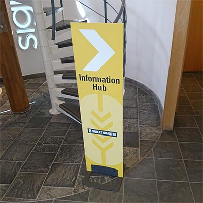 Smartbase - Printed freestanding graphic display panel and base