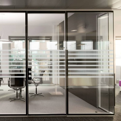 DDA Compliant Glass Safety Manifestation