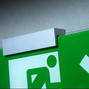 Fire exit sign - Wall fixing