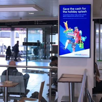 Professional Monitor Digital Advertising Screen