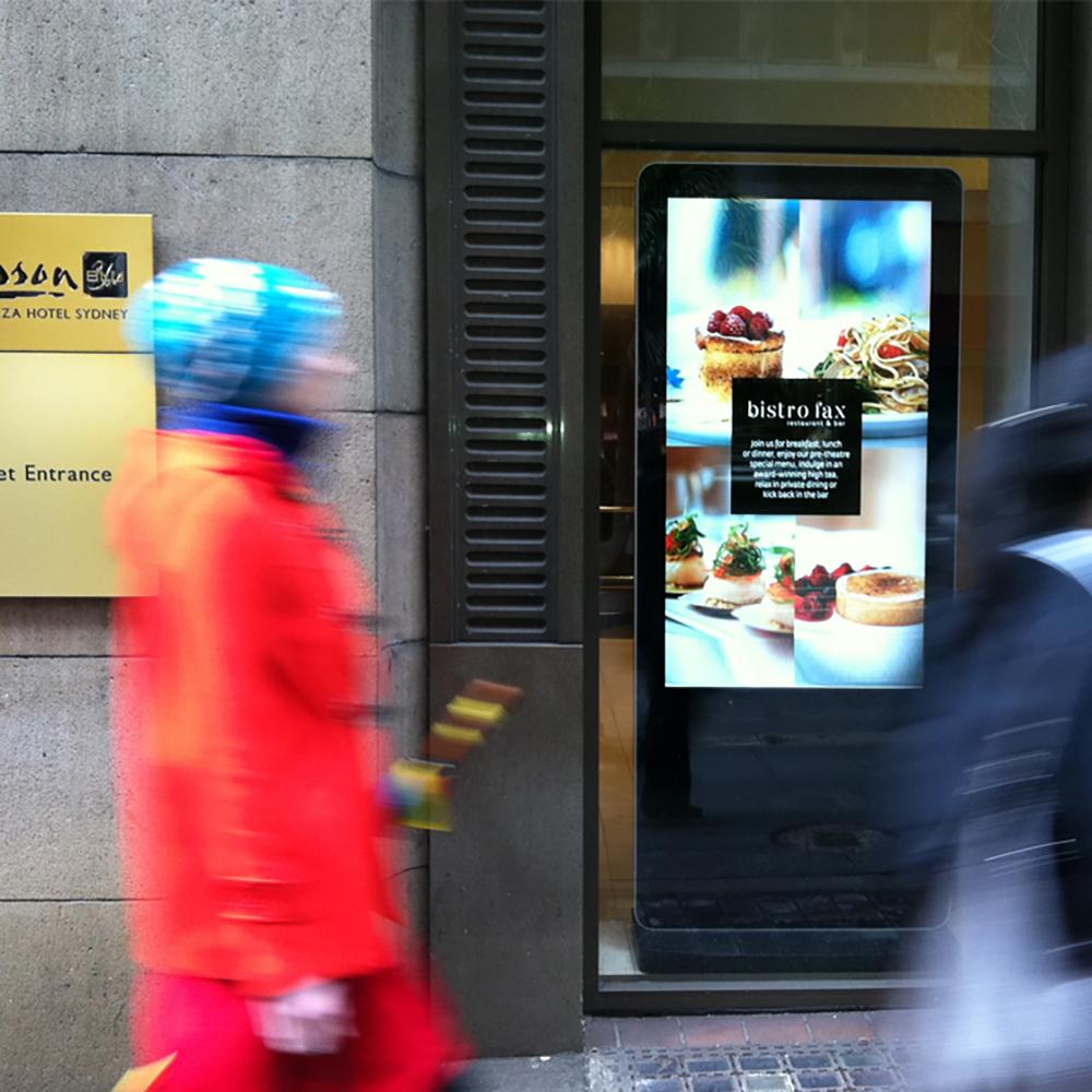 "55"" Slimline Double-Sided Freestanding HD LCD Digital Advertising Display Screen Digital Poste"
